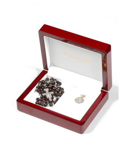 Pope Francis gift box 03